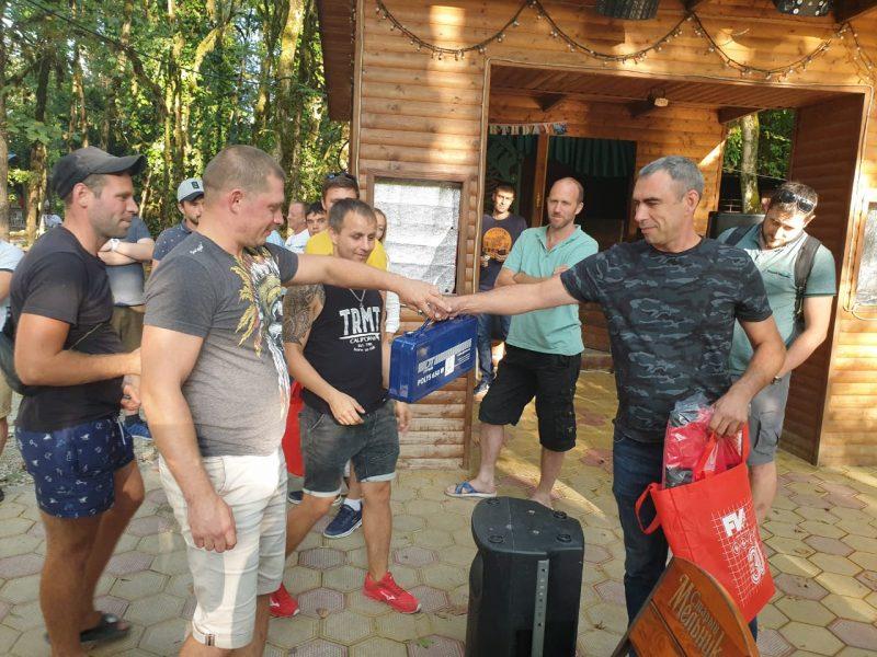Монтаж труб и футбольный матч в Сочи